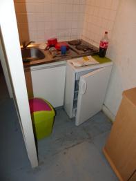 cuisine studio avant rénovation