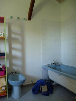 salle de bains avant travaux