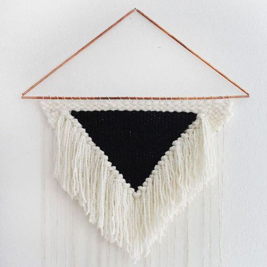 diy triangle cuivre  noir et blanc a beautiful mess